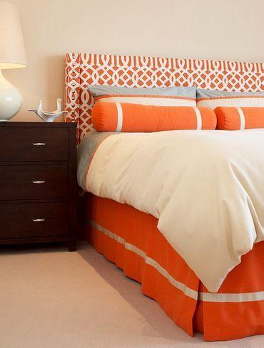 помаранчева ліжко