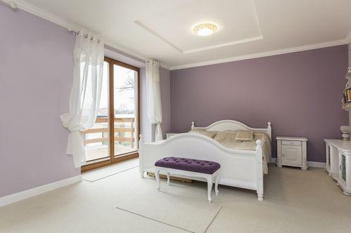 пастельна спальня