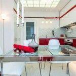кухня 14 кв метрів з еркером червоно-білого кольору