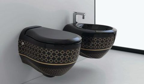 Дизайн туалету з чорним унітазом