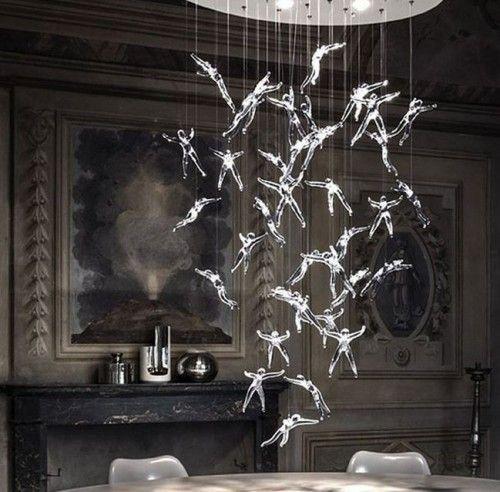 Дизайнер nigel coates створив світильник з ангелами