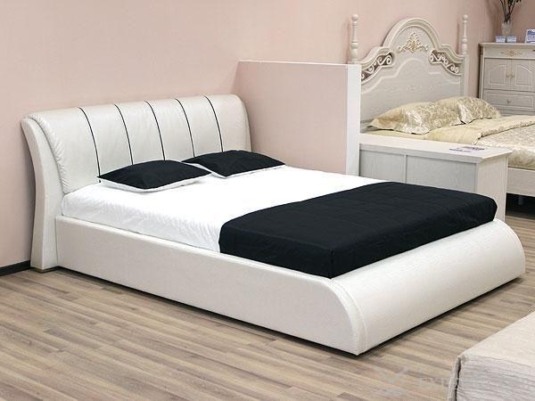 Переваги екокожі як матеріалу для оббивки ліжок незаперечно