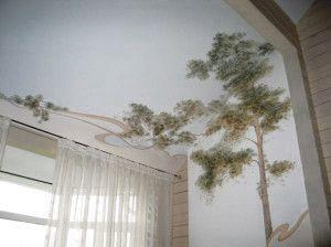 фотошпалери на стіні і стелі