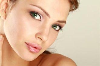 Фракційне омолодження обличчя: коли починати?