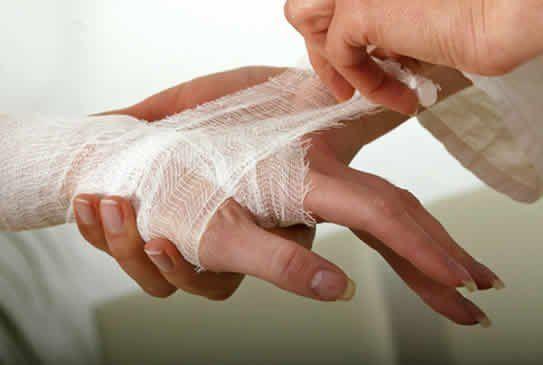 Гнійна рана: чим можна її лікувати?