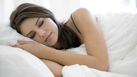Як забезпечити собі здоровий і комфортний сон
