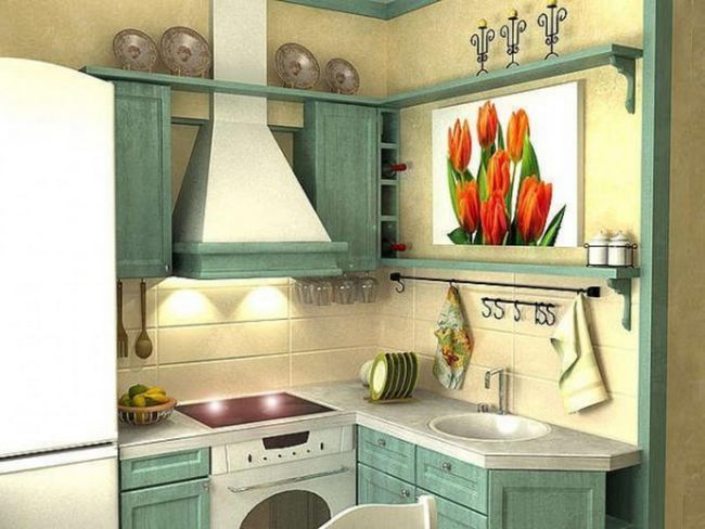 Маленька кухня в стилі кантрі