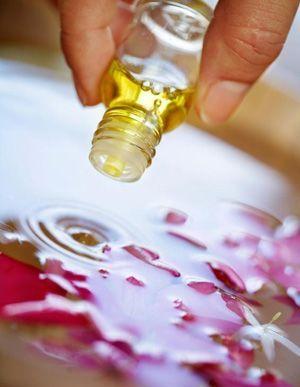 Як зробити ефірну олію будинку