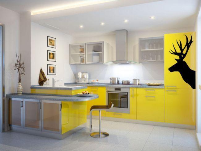 Соковитий колір кухонних меблів