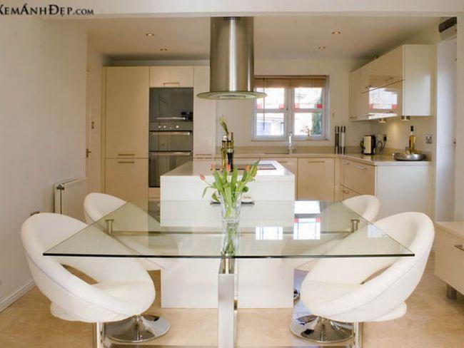 Сучасні меблі в кухні