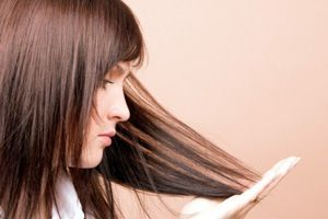 Як відновити волосся, що січеться