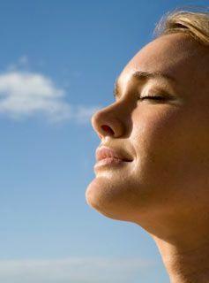Як захистити шкіру від негативного впливу навколишнього середовища