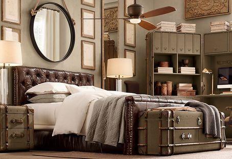 колоніальна спальня зі шкіряною ліжком