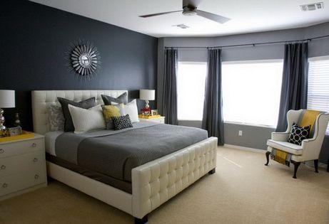 білі шкіряні ліжко
