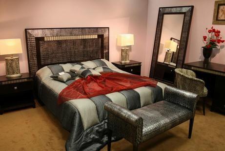 шкіряний декор спальні