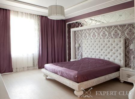 Ліжко з шкіряним узголів`ям: краса у вашій спальні