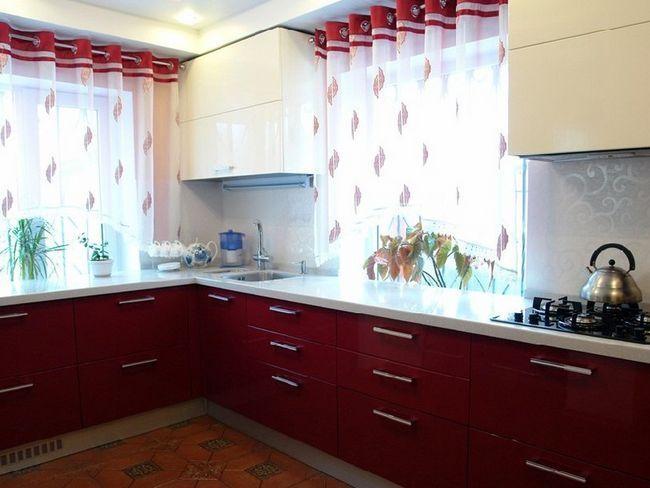 Дизайн штор на кухню: поради фахівців і фотогалерея