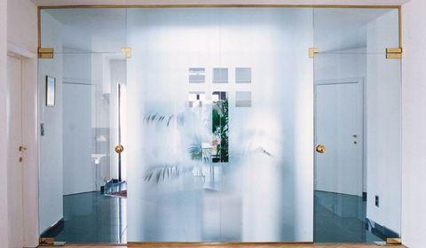 Скляні двері в інтер`єрі