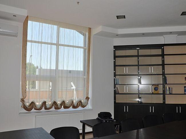 Австрійська штора для кабінету