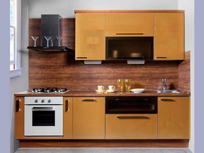 Кухня в коричневому кольорі
