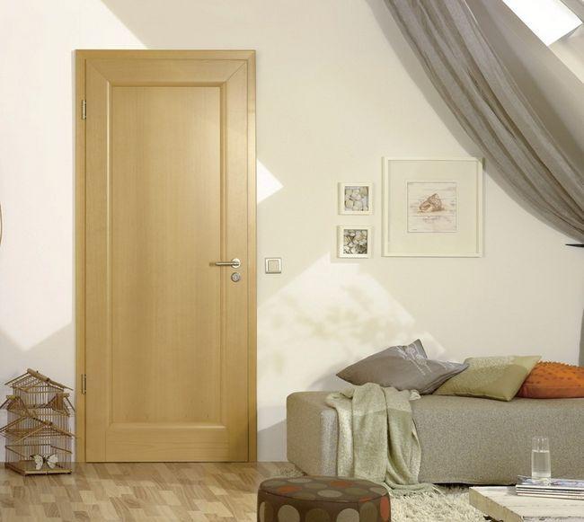 Двері з масиву бука
