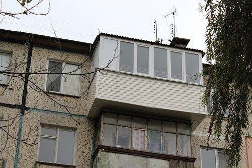 Зовнішній вигляд розширеного балкона