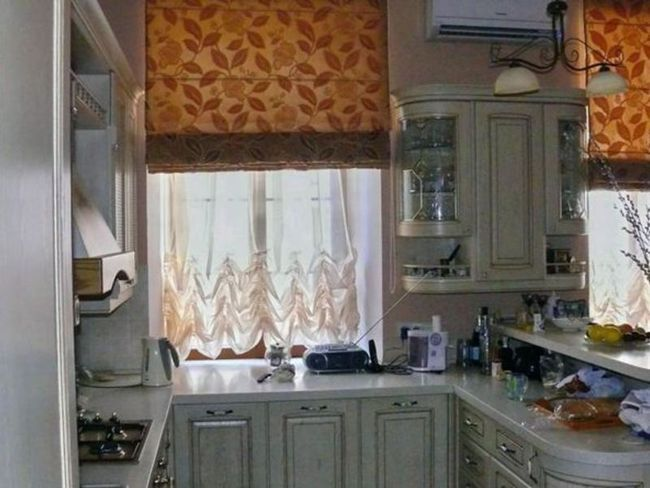 Кухонна римська штора