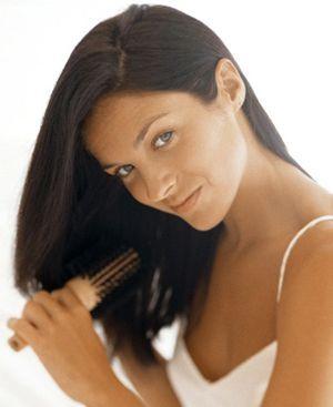 З чим пов`язано випадання волосся