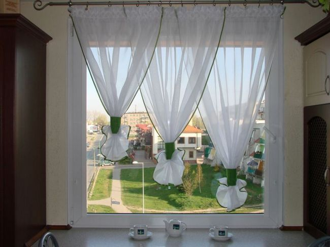 Незвично оформлене вікно