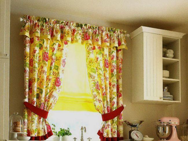 Яскраві тканини для штор