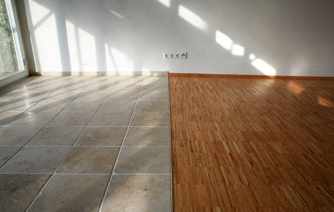 Укладання плитки на дерев`яну підлогу