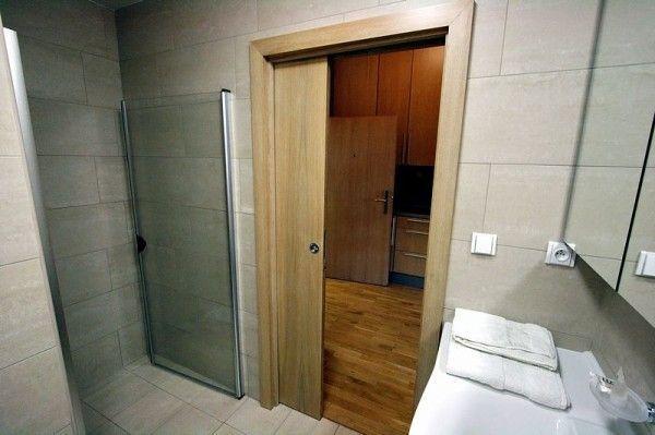 Двері для ванної кімнати фото
